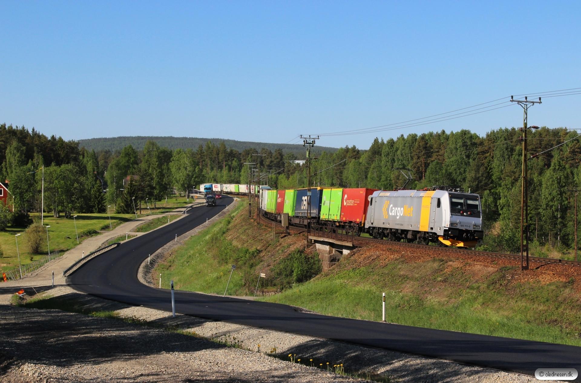 CN 185 711-0 med GT 41904. Helgum - Långsele 14.06.2017.