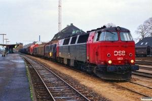 DSB MZ 1401 med G 7979 Gb-Ab. Odense 22.10.1989.