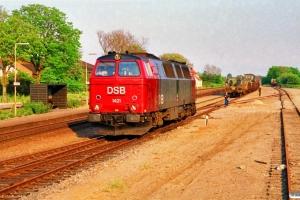 DSB MZ 1421 løber om på G 8849. Kauslunde 06.05.1990.