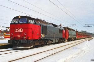 DSB MZ 1459+ME 1504 med P 321 Kh-Ge. Ringsted 16.02.1991.