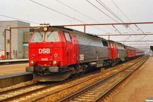DSB MZ 1440+MZ 1441+3 B+Bf+3 B+Bk som IR 1161 Kh-Ab. Roskilde 12.04.1992.