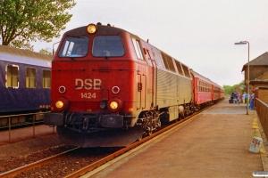 DSB MZ 1424+Bab+Bab+BD+A+3 B som P 275 Fh-Pa. Vrå 29.06.1992.