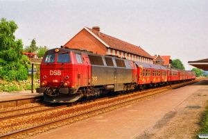 DSB MZ 1416+Bn-x+Bf+BDan+Bf-x+B som Re 3140 Ab-Ngf. Langå 30.06.1992.