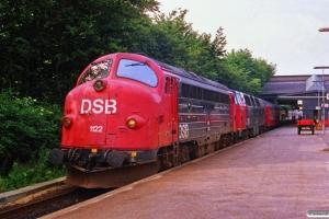 DSB MY 1122+MZ 1403 med IC 164 Es-Kh. Fredericia 29.06.1988.