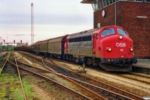 DSB MY 1111 med G 7251 Svg-Od. Odense 28.04.1989.