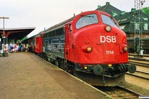 DSB MY 1114+ABns+Bn+Bn+Bn som P 8447 Kh-Od. Odense 21.06.1989.
