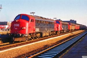 DSB MY 1155+MY 1154+MY 1153 med IC 119 Kh-Ti. Odense 19.11.1989.