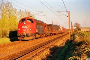 DSB MY 1132 med G 7763 Gb-Hr. Km 25,1 Ng (Marslev-Odense) 09.04.1990.