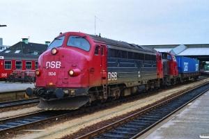 DSB MY 1104+MH 305 med G 7686 Es-Fa. Fredericia 30.06.1990.