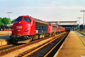DSB MY 1105+MY 1132+MZ 1423 med IC 126 Fa-Flb. Fredericia 12.08.1990.