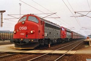 DSB MY 1152+MY 1147+8 Bn-v+Bn+6 Bn-v som M 6037 Kø-Nf. Ringsted 11.04.1992.