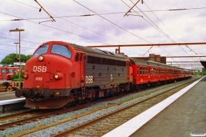 DSB MY 1132+Bn-v+Bn-v+B+B+B som P 8032 Kh-Pa. Odense 15.07.1992.
