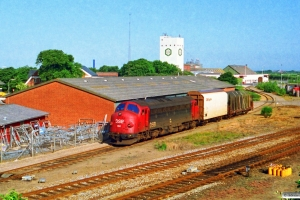DSB MY 1150 rangerer med G 7726 Ho-Sj. Ringkøbing 28.06.1993.