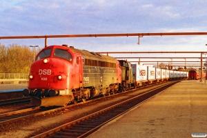 DSB MY 1138+MH 338+21 Lgs som G 7379 Pa-Fa. Fredericia 18.04.1994.