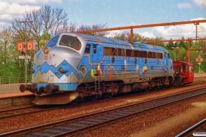 DSB MY 1126+Køf 285 som M 6102 Ar-Fa. Fredericia 01.05.1994.