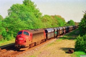 DSB MY 1147+18 Fals+MY 1127 som G 7680 Hr-Es. Skjern 11.05.1994.