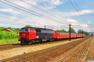 DSB MZ 1443 med Re 2249 Kk-Rf. Hedehusene 01.07.1994.