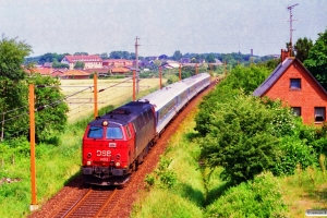 DSB MZ 1403 med IP 2185 Fh-Pa. Km 40,1 Fa (Vamdrup-Farris) 07.07.1995.