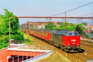 DSB MZ 1459 med RØ 5561 Hgl-Hk. Roskilde 28.06.1997.