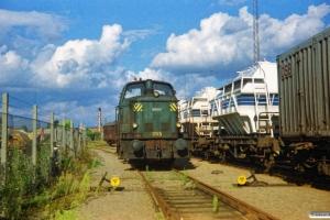 DSB MH 395 rangerer på risten ved Carlsberg depotet. Odense 09.09.1987.
