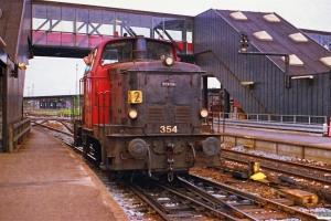 DSB MH 354 rangerer. Korsør 28.06.1988.