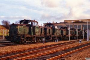 DSB MH 313, MH 344, MH 403, MH 317, MH 394 og MH 400. Fredericia 23.12.1989.