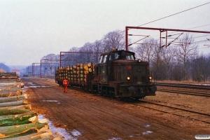 DSB MH 394 med G 8928 Ap-Od. Årup 22.03.1996.