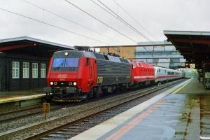 DSB EA 3003+DB 229 113-6+DB 402 som M 6445 Kh-Pa. Odense 26.05.1997.