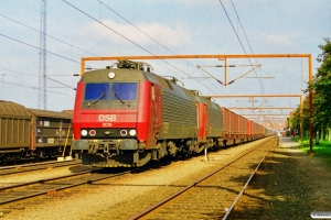 DSB EA 3019+EA 3004 med GD 42202 Gb-Pa. Padborg 27.09.1997.