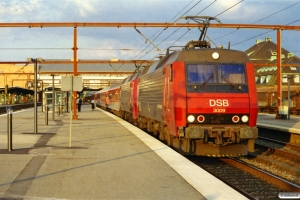 DSB EA 3009+EA 3022 med EN 83483 Kh-Pa. Odense 02.08.2003.