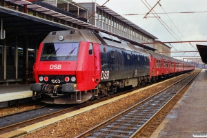 DSB ME 1503 med P 2542 Ro-Hg. Roskilde 07.11.1989.