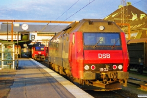DSB ME 1502 og EA 3005+EA 3014. Odense 07.07.1999.