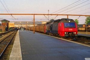 DSB ME 1527 med G 7903 Gb-Ab. Odense 18.05.2000.