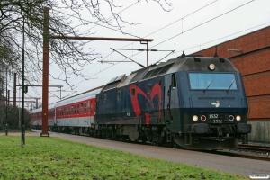 DSB ME 1532+8 personvogne som IP 13375 Ar-Pa. Padborg 06.02.2009.