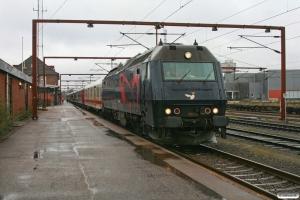 DSB ME 1534+Dm 005+Bc-t 315+316+314+312+311+310+317 som IP 13274 Pa-Kh. Padborg 08.03.2009.