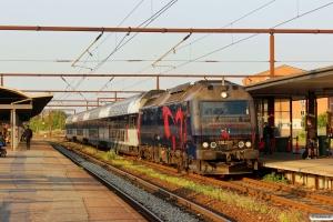 DSB ME 1512 med M 2949 Kh-Ro. Roskilde 07.07.2013.