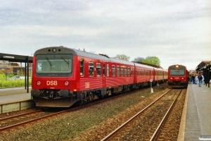 DSB MR/D 82+MR/D 21 som P 5157 Ro-Næ og MR/D 20 som P 5156 Næ-Ro. Køge 07.05.1991.