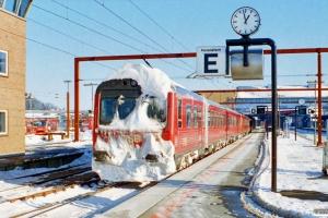 DSB MZ 1415+MY 1122+MR/D 73+MR/D 28. Odense 20.02.1996.