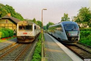 DSB MR/D 88 som RV 2865 Svg-Od og MQ 11 som M 8262 Od-Svg. Fruens Bøge 30.07.2002.