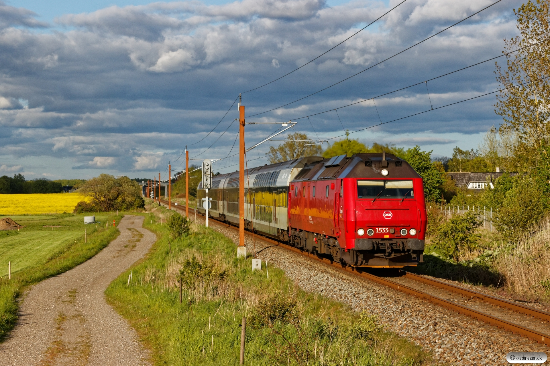 DSB ME 1533 med RØ 4869 Kj-Nf. Holme-Olstrup 14.05.2020.