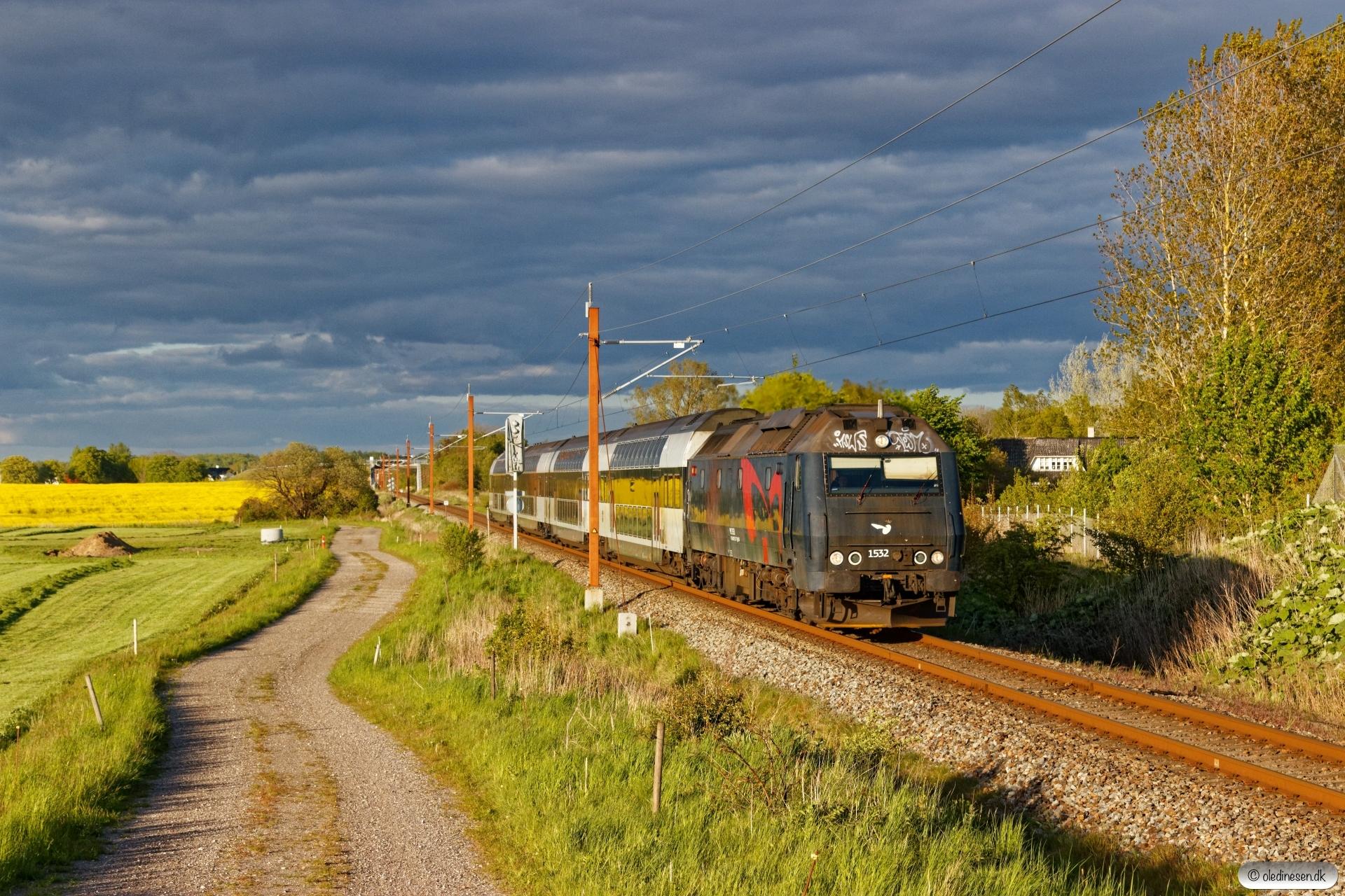 DSB ME 1532 med RØ 4873 Kj-Nf. Holme-Olstrup 14.05.2020.