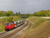 DSB ME 1503 med RØ 4549 Kk-Hk. Km 42,2 Kh (Lejre-Hvalsø) 15.05.2020.