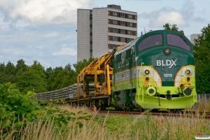 BLDX MX 1019+Strukton sporombygningstog. Odense Sygehus 10.07.2009.