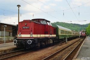 DR 112 749-7 med Tog 18421 og 251 001-4 med Tog 16440. Blankenburg 18.05.1991.