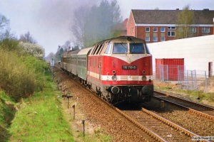 DR 118 718-6 med E 2035. Lübeck St. Jürgen 31.03.1990.