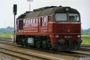 DR 120 299-3. Büchen 12.08.1989.