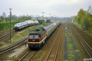 DR 132 365-8 med D 1438. Lübeck 31.03.1990.