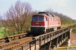 DR 132 373-2. Büchen 31.03.1990.