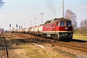 DR 132 437-5. Büchen 31.03.1990.