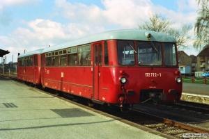 DR 172 722-1+172 122-4 som Tog 18357. Pritzwalk 28.03.1991.